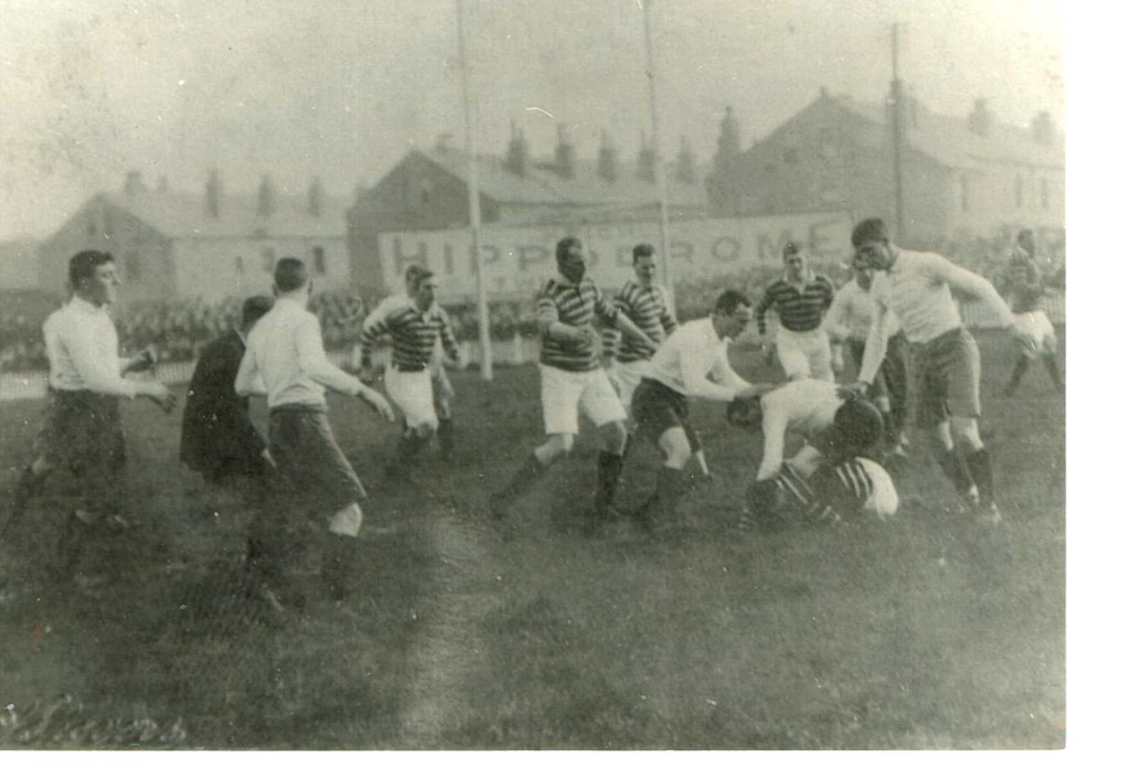 Huddersfield_pack_1914.jpg