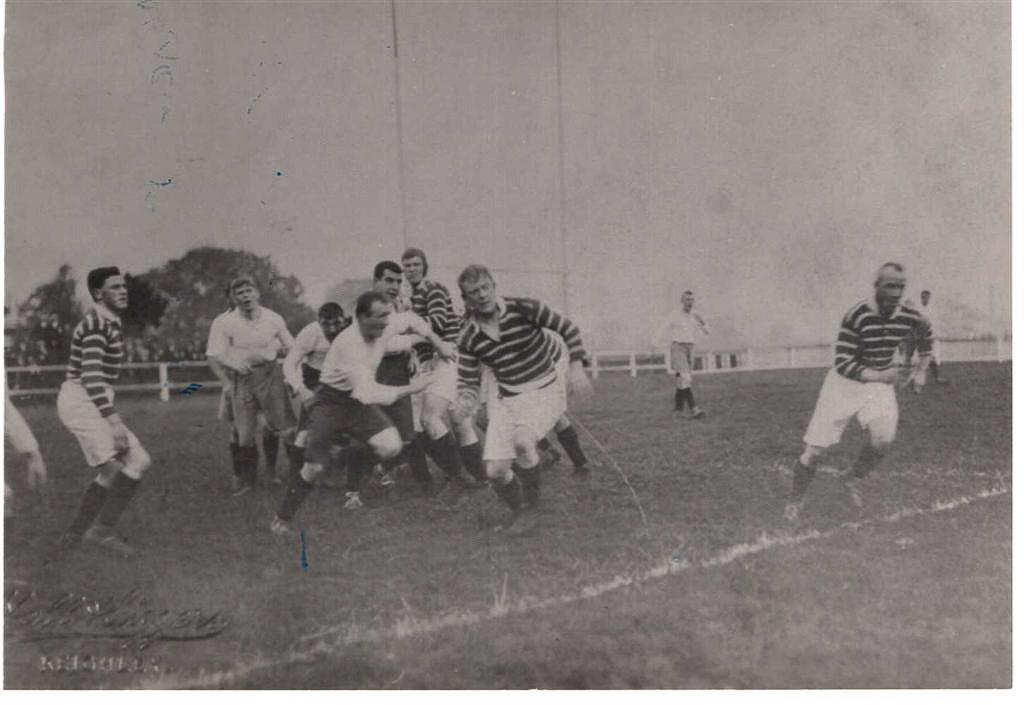 Keighley_v_Hudds_1910_Pic_3.jpg