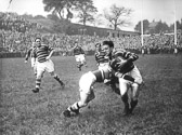 Lionel_Cooper_v_Hunslet_at_Fartown_8_Oct_1949.jpg