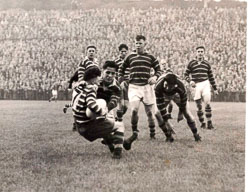 Ted_Slevin_in_action._Hudd_v_Keighley_13-9-52.jpg