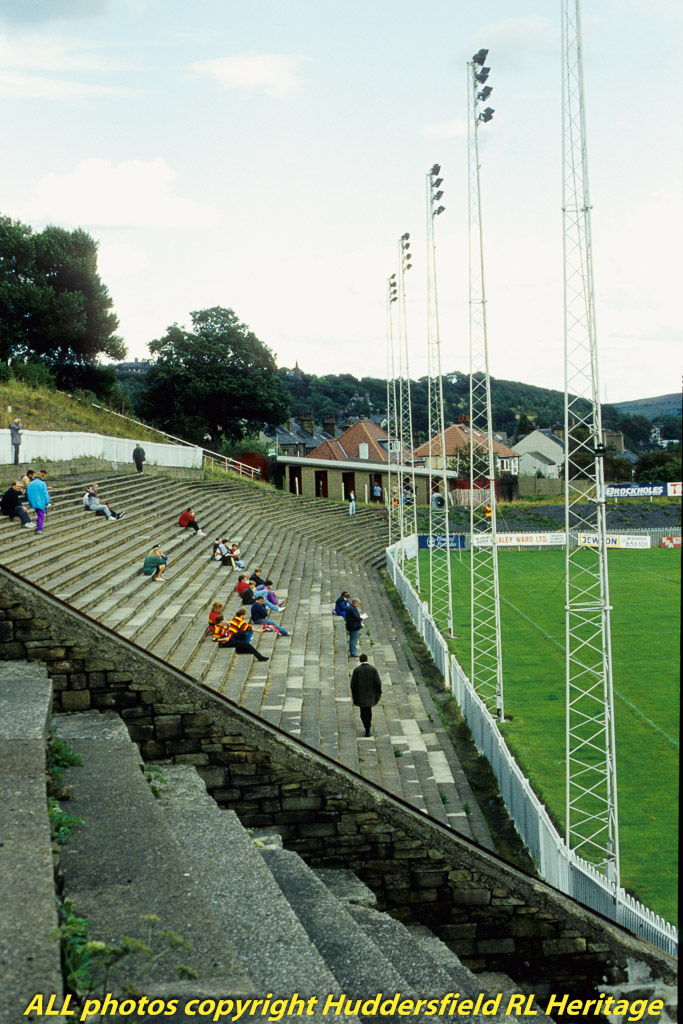Fartown,-Side-Terrace-008.jpg