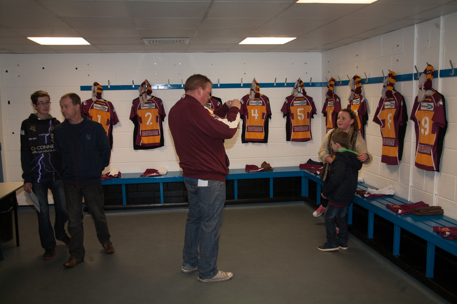 Changing_Rooms_-007.jpg