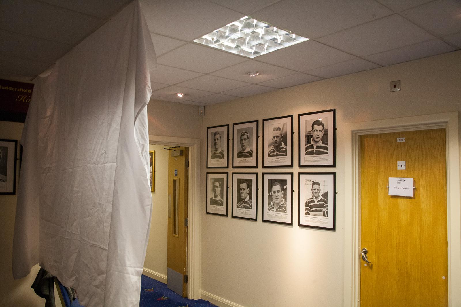 Hall_Of_Fame_Corridor_004.jpg