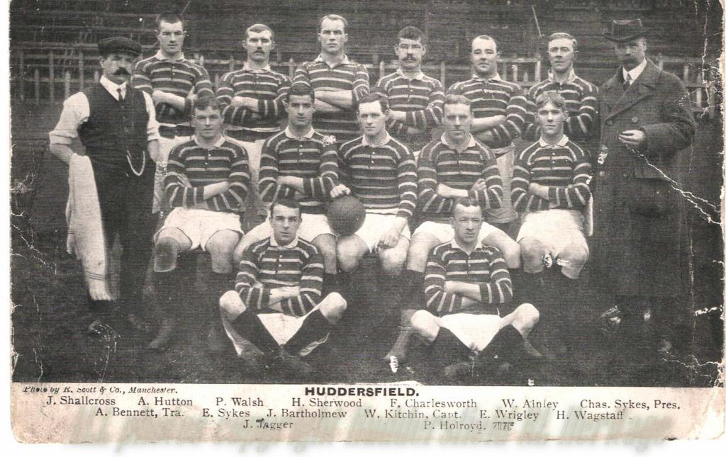 Huddersfield_1909-10.jpg