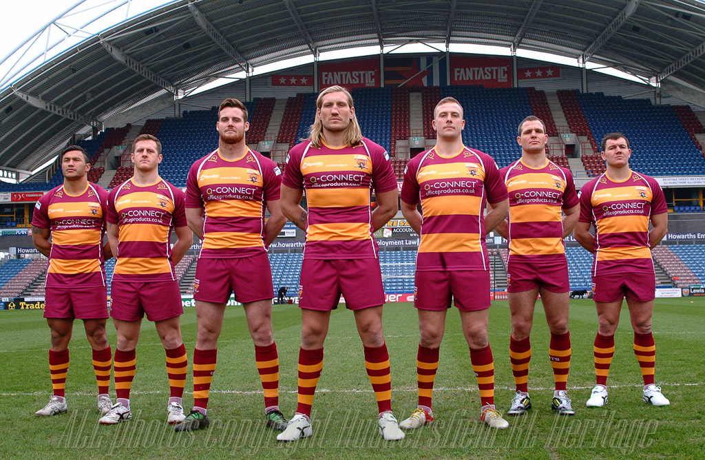 Huddersfield_Giants_players_2013.jpg