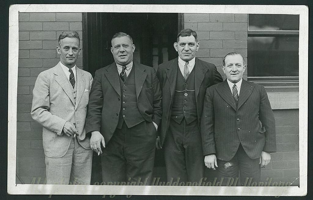 Gwyn_Thomas_Waggy_Ben_Gronow_Johnny_Rogers_1938.jpg