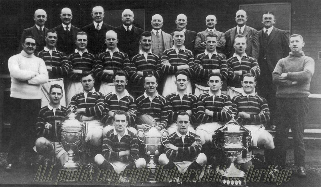 Hudd_1928-29_Team_Group.jpg